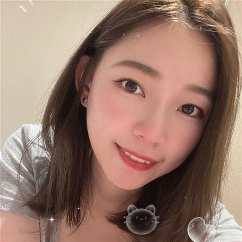 [ 溫妮白 ] 介绍