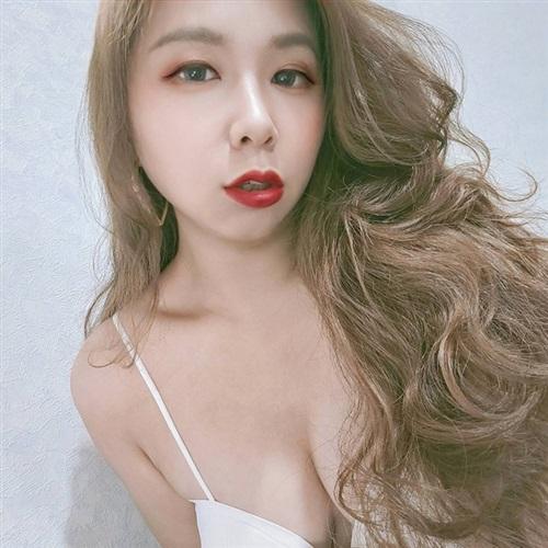 [ Candice ] 介紹