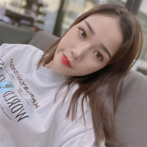 [ 小玖♥ ] 介紹
